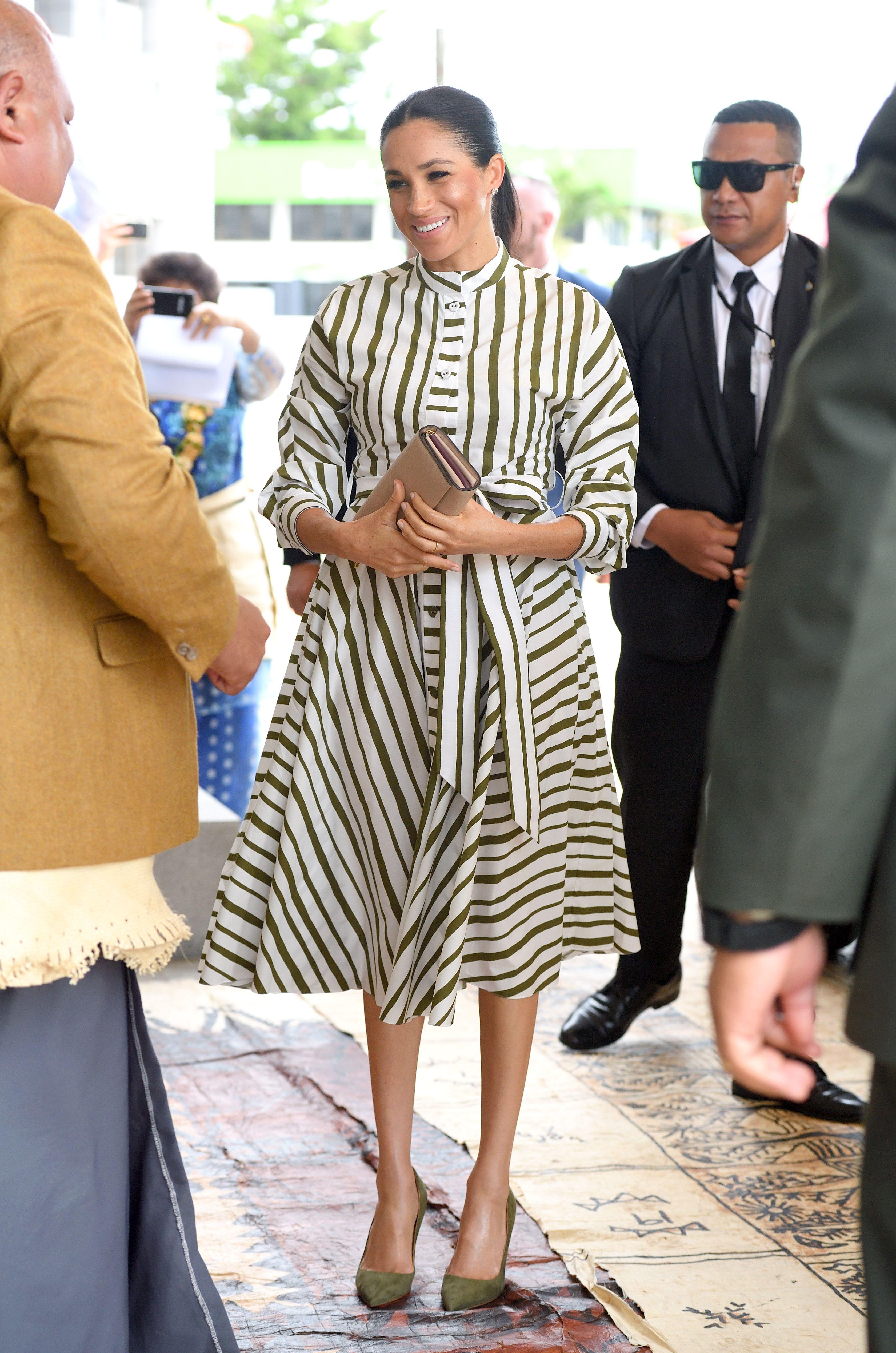 8878ac25eb891 Best Meghan Markle Pregnant Style Looks - Princess Meghan Maternity Fashion