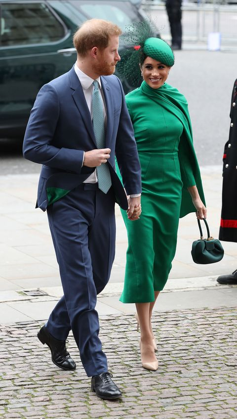 Green, Suit, Fashion, Street fashion, Footwear, Human, White-collar worker, Dress, Headgear, Outerwear,