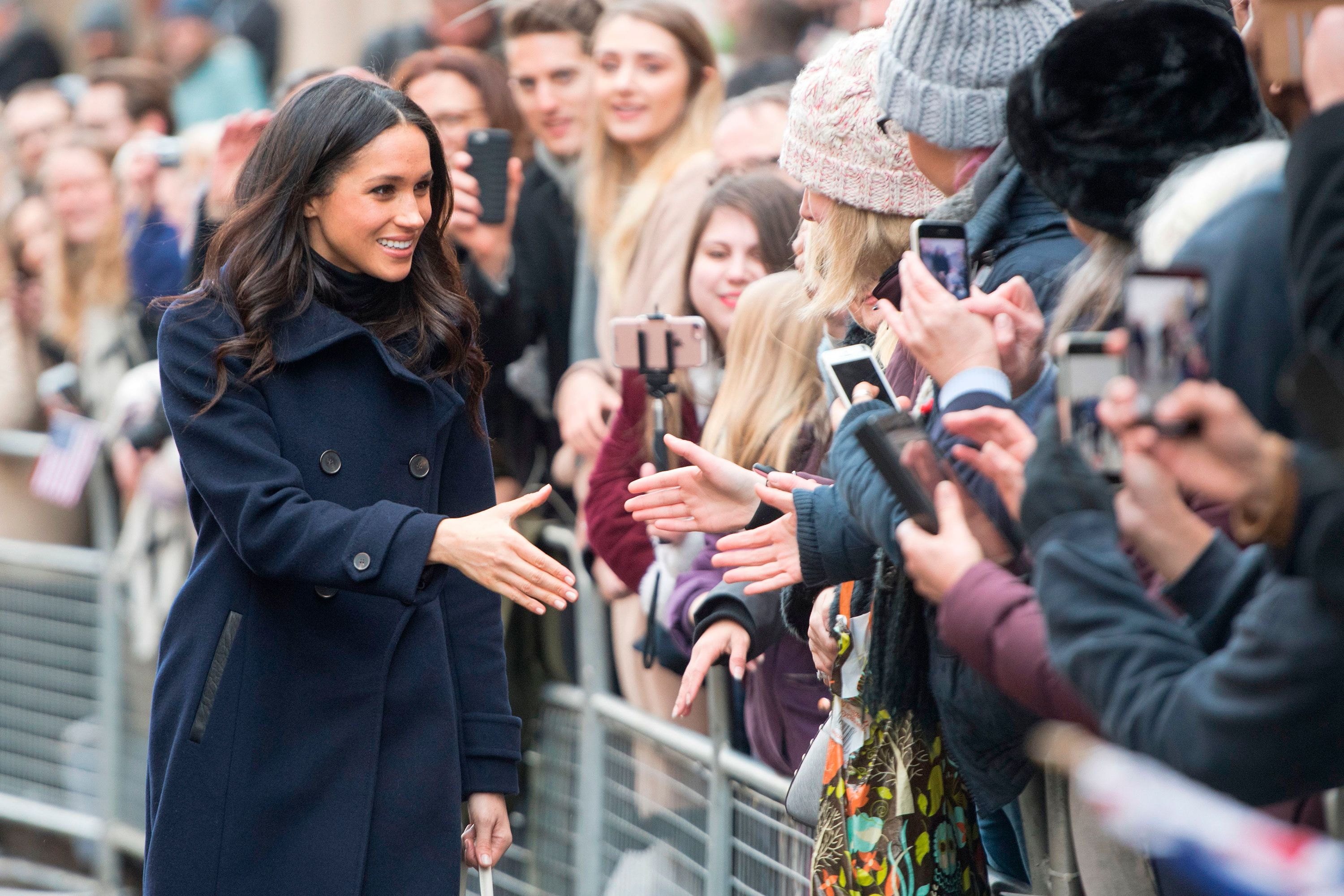 Meghan Markle s bag breaks royal protocol - Strathberry bag ce7080ab9c
