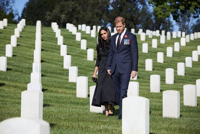 meghan markle and prince harry on remembrance sunday in los angeles
