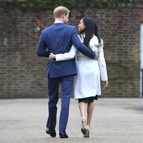 prince harry and meghan markle stepping back from senior royal duties