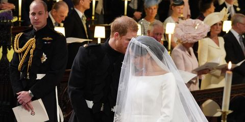 Pope, Veil, Event, Deacon, Wedding dress, Ceremony, Marriage, Priesthood, Clergy, Bishop,