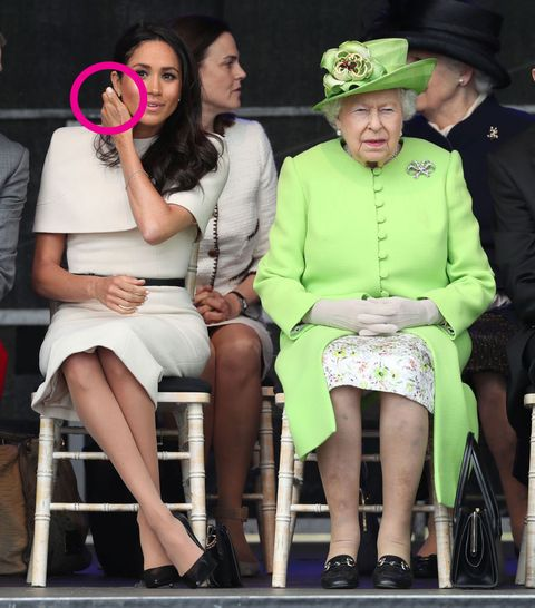 Meghan Markles Body Language With The Queen - Expert Analyses Body Language During -9742