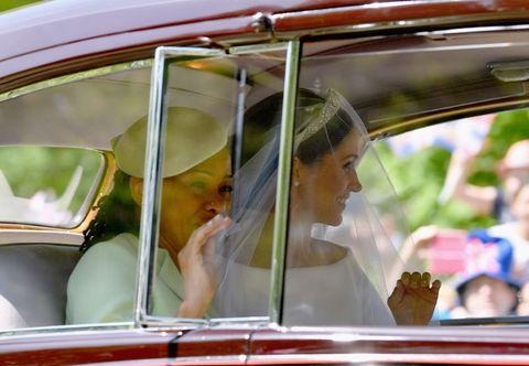 L'abito da sposa di Meghan Markle è tutto quello che abbiamo sognato per il matrimonio reale