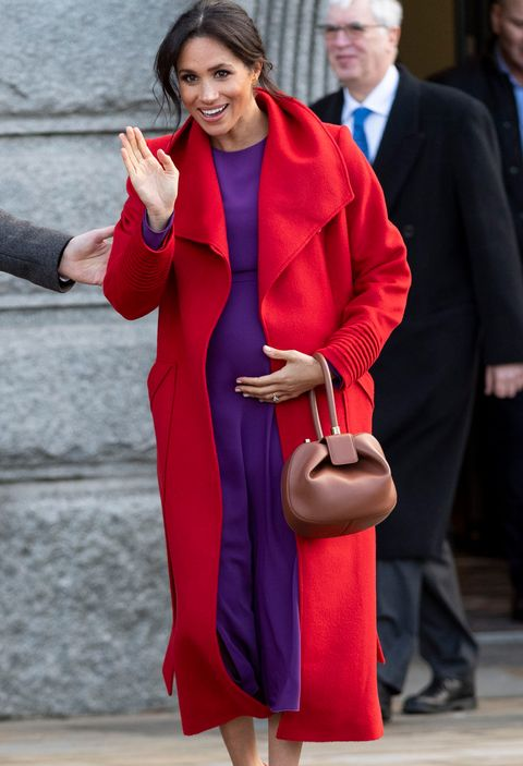 meghan markle with red and purple outfit