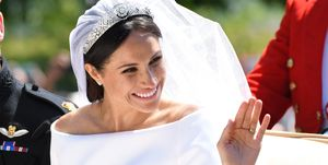 meghan-markle-abito-sposa-royal-family