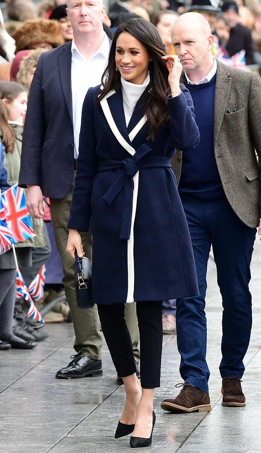 Meghan Markle S Favorite Fashion Brands How To Dress Like Meghan
