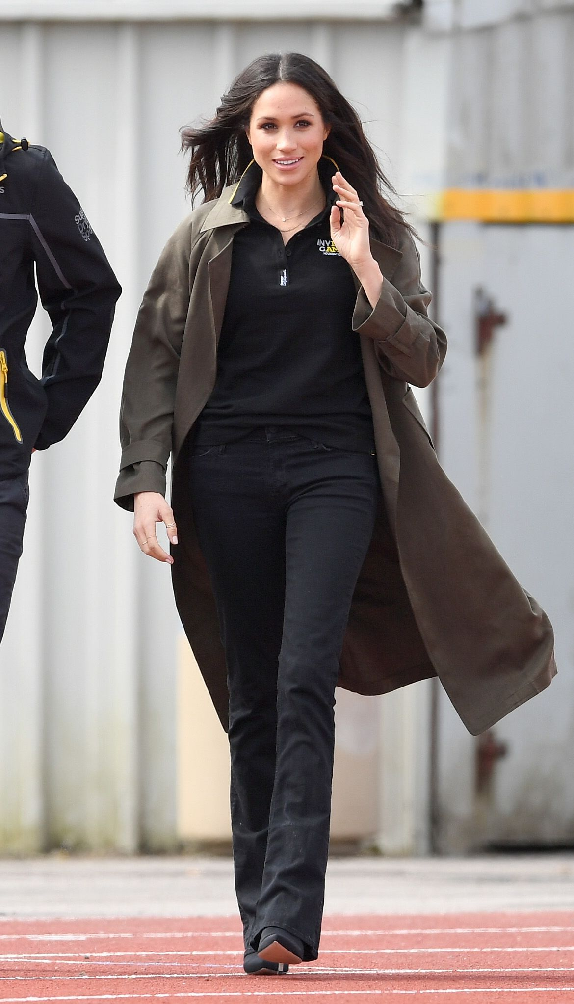 ba741dca9d Meghan Markle just made bootcut jeans cool again