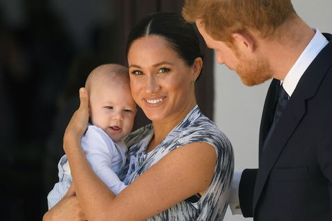 meghan markle and harry with archie