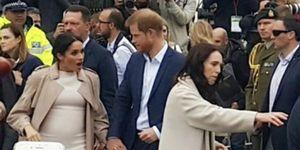 Meghan Markle herkent fan in publiek royal tour