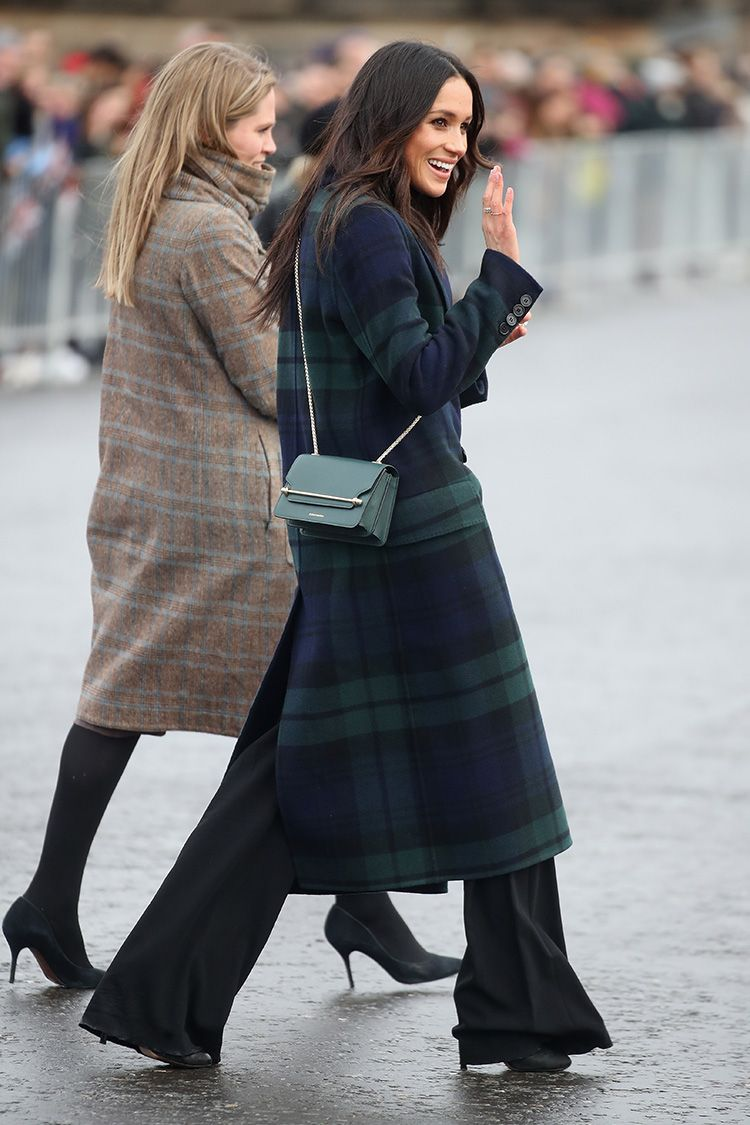 meghan markle plaid coat