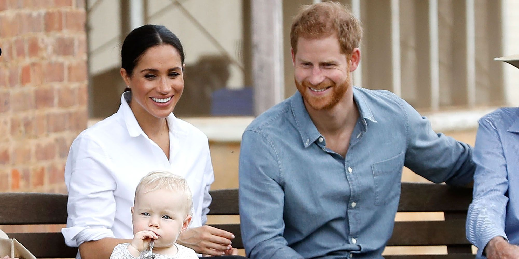 Here's What Will Happen if Prince Harry and Meghan Markle's Unborn Baby Gets Too Big ile ilgili görsel sonucu
