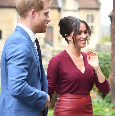 meghan markle red outfit