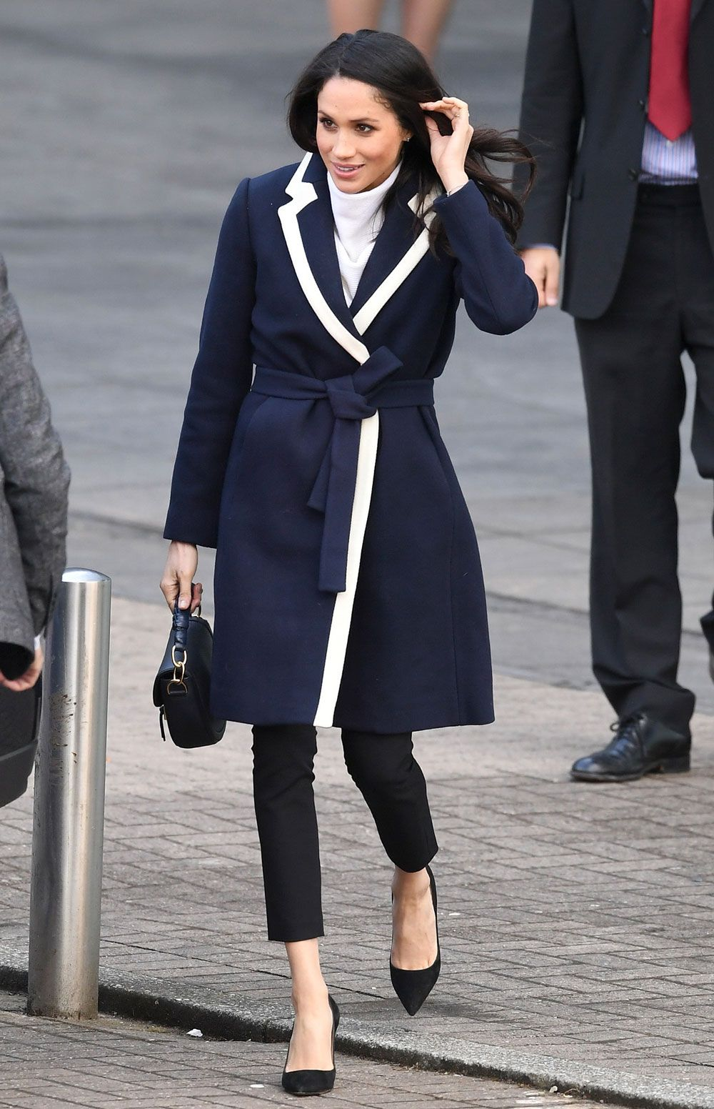 fe9e68b8f495 Meghan Markle s best style moments - what Meghan Markle is wearing