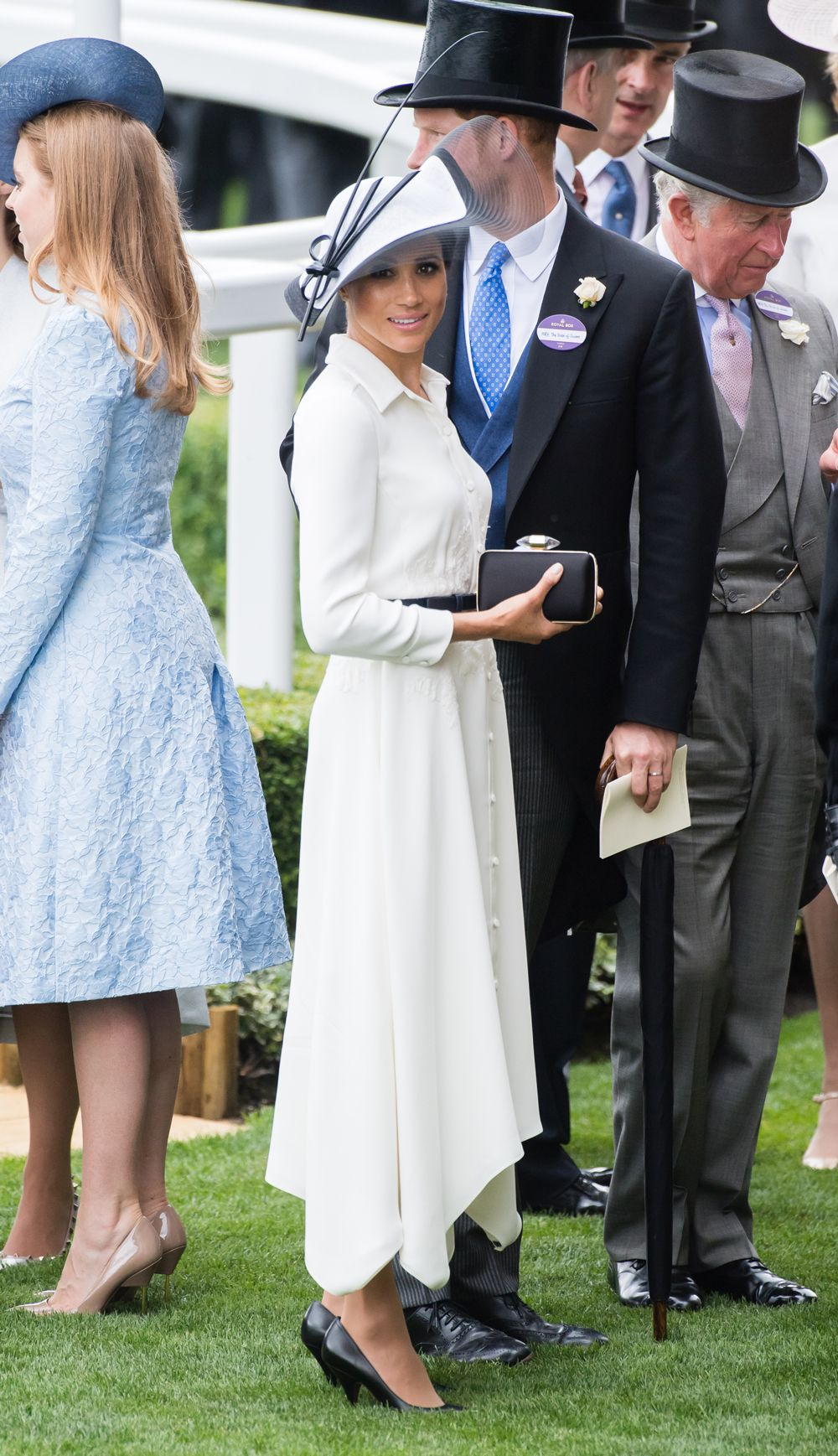 Meghan Markle s best style moments - what Meghan Markle is wearing 04092d505c669