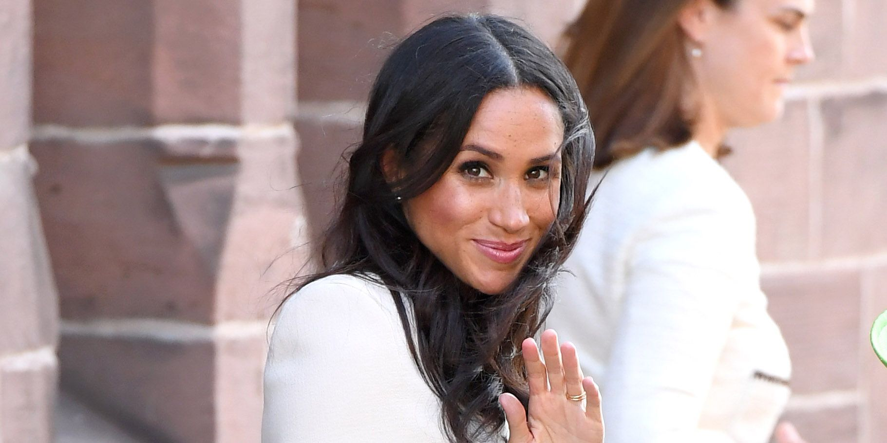 how much do meghan markle s clothes cost meghan markle s royal wardrobe estimated at 1 million meghan markle s royal wardrobe