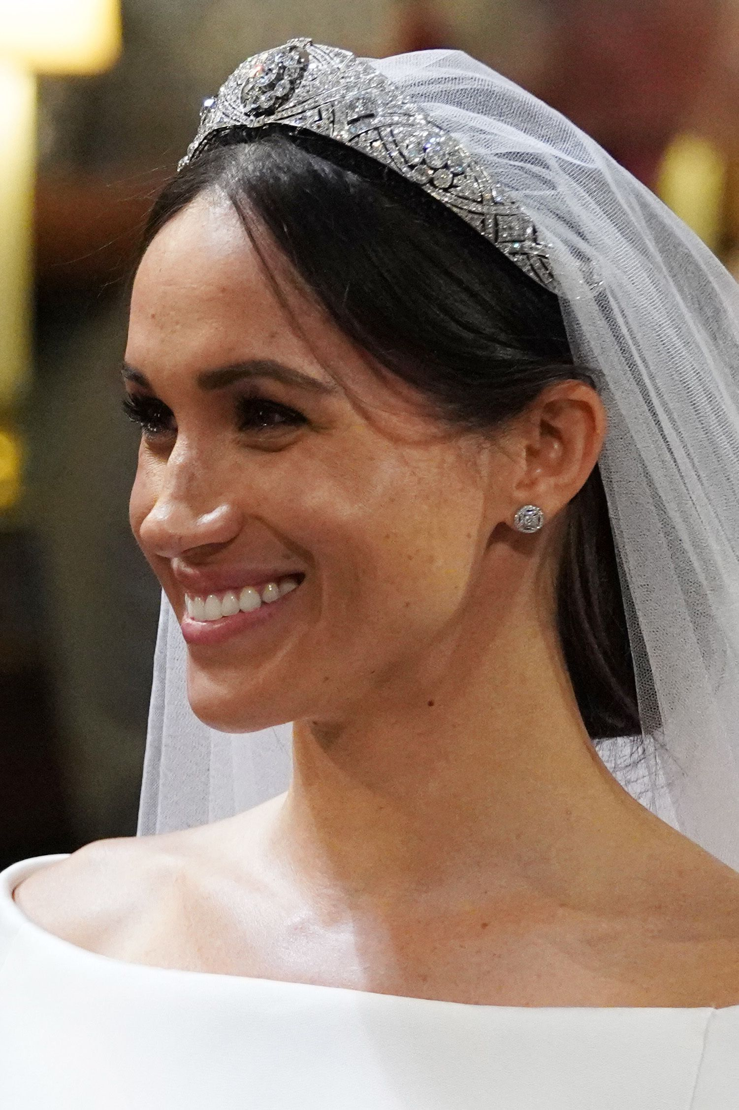 meghan markle cartier wedding earrings