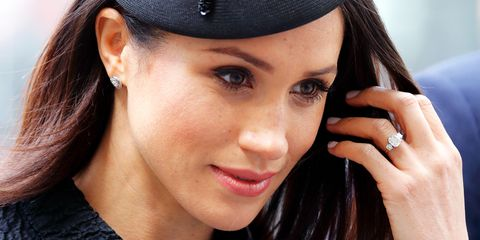 Face, Hair, Lip, Eyebrow, Nose, Cheek, Skin, Beauty, Black hair, Chin,