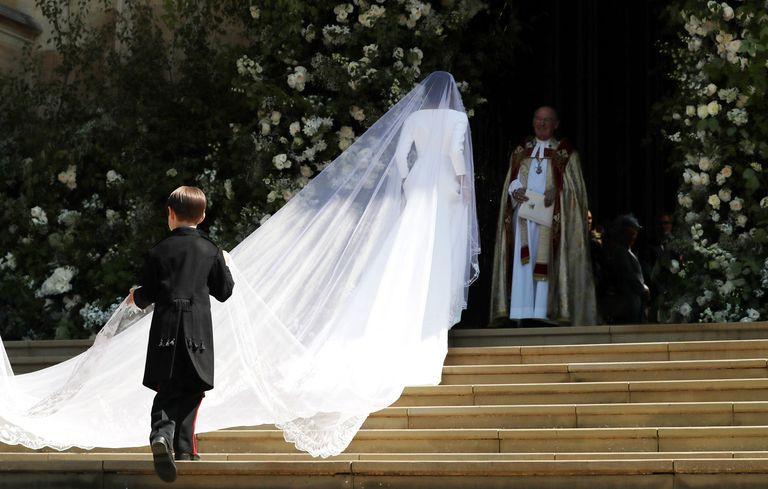 Image result for meghan markle  veil
