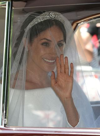 Meghan Markle Royal Wedding Tiara First Look At Tiara Markle Wears At Her Wedding To Prince Harry