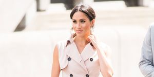 Meghan Markle trench dress