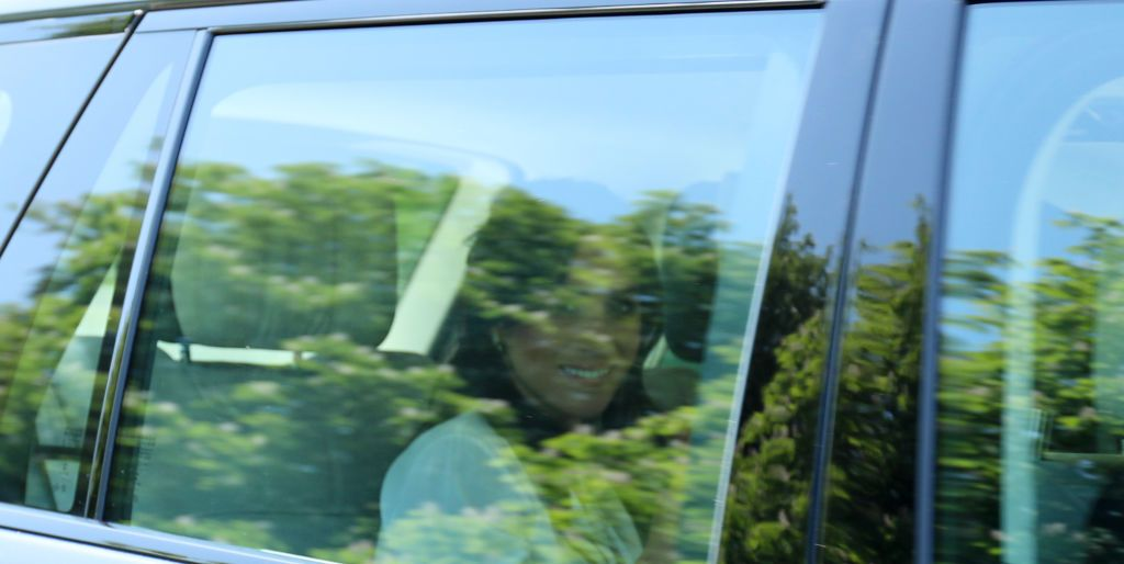 harry meghan arrive in windsor