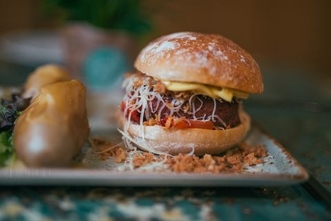 Estas son las mejores hamburguesas vegetarianas y veganas que hemos probado - Restaurantes con receta de hamburguesas veganas y vegetarianas