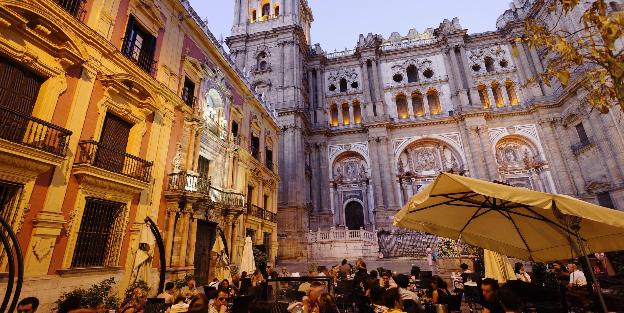 Tapas de cine en los mejores bares para comerte Málaga y su festival