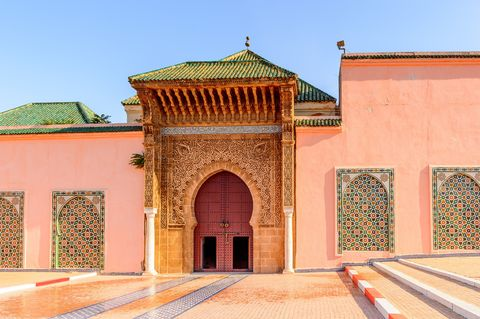 Building, Holy places, Architecture, Historic site, Khanqah, Wall, Facade, Mosque, Arch, Place of worship,