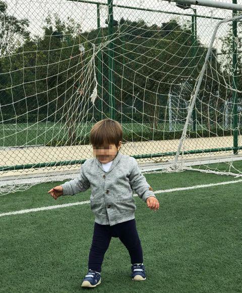 Player, Net, Grass, Goal, Goalkeeper, Team sport, Football, Soccer, Sports equipment, Ball game,