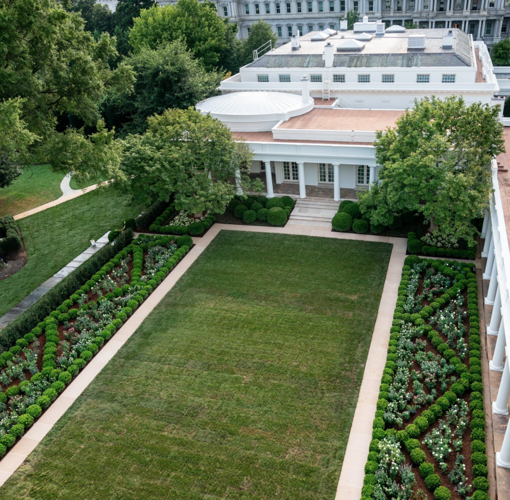 Twitter Has Opinions About Melania Trump S New Rose Garden Design