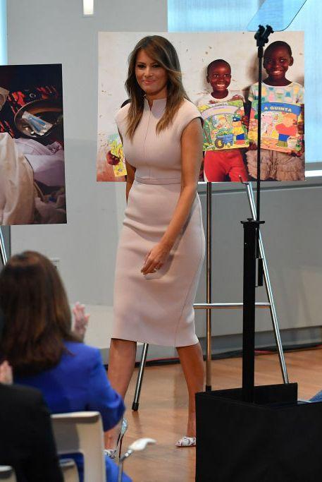 8fd1d4cf6ff Melania Trump Style as First Lady - Photos of Melania Trump Fashion
