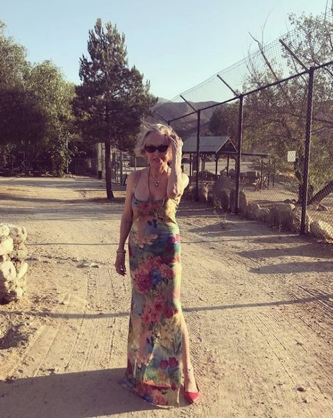 Dress, Beauty, Fashion, Pink, Tree, Standing, Snapshot, Sky, Blond, Summer,