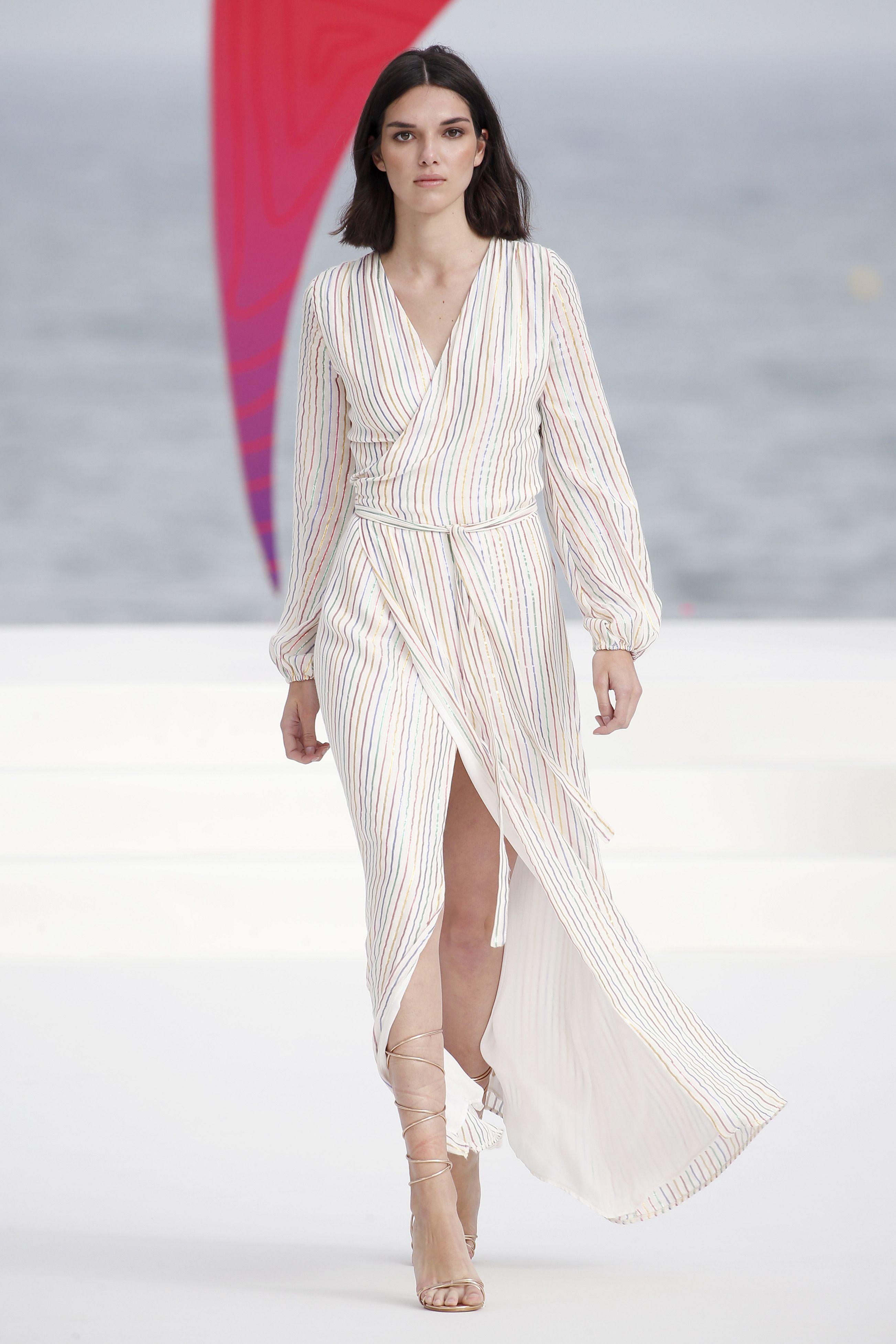 062af3d15 https://www.elle.com/es/moda/compras-elle/g21334221/vestidos-de ...
