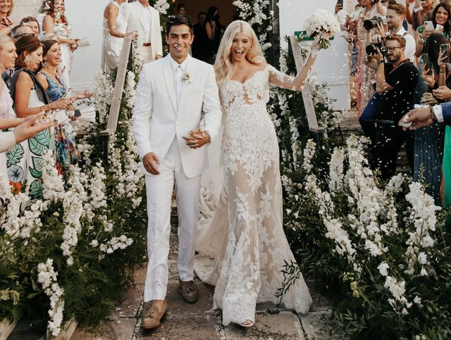 Inside Devon Windsor Johnny Barbara S Wedding In St Barths