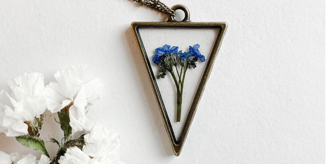 14 Gifts That Memorialize Your Mother On A Tough Holiday