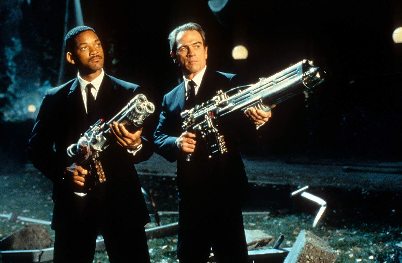 Tommy Lee Jones recluta a Will Smith para 'Men in Black'