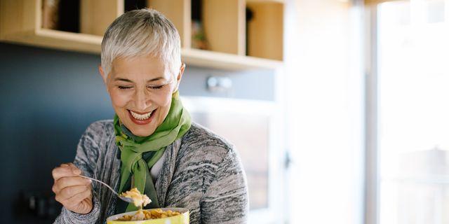 what is a healthy postmenopausal diet