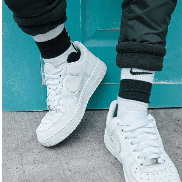 10 Best White Sneakers For Men 2019 Men S White Sneakers