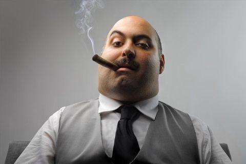 Cinco mentiras que deberías decir en el trabajo