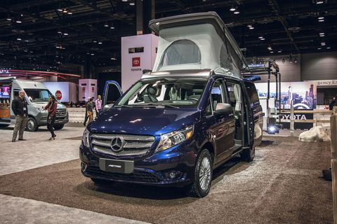 Land vehicle, Vehicle, Car, Auto show, Automotive design, Luxury vehicle, Mercedes-benz viano, Sport utility vehicle, Mercedes-benz, Minivan,