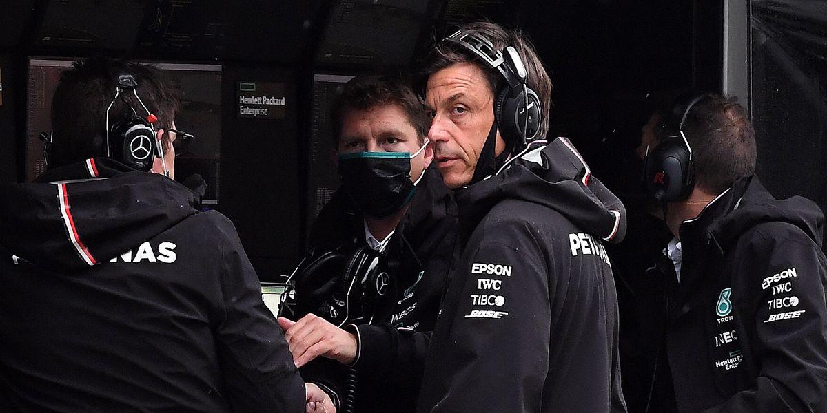 Mercedes F1 Principal Toto Wolff Campaigns for 30-Car Grids, 3-Car Teams