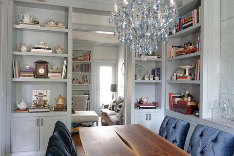 Outstanding 25 Stylish Built In Bookshelves Floor To Ceiling Shelving Home Interior And Landscaping Fragforummapetitesourisinfo