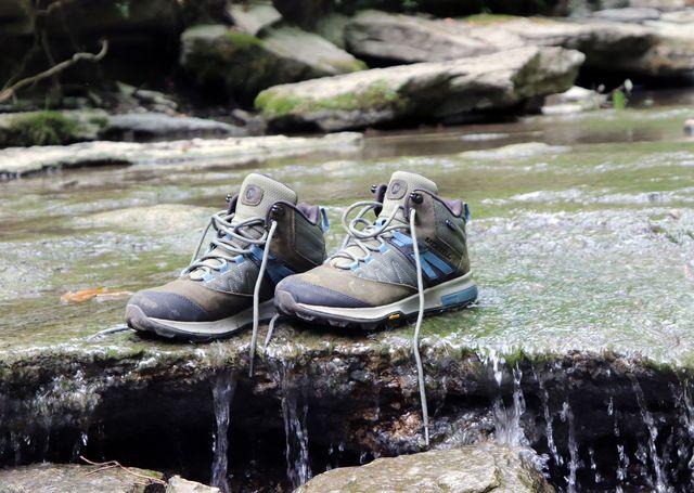 merrell zion waterproof hiking boot