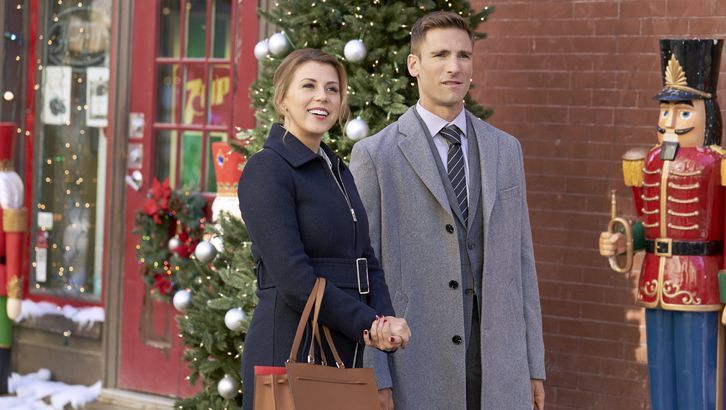 Hallmark's 'Merry & Bright' Christmas Movie Was Filmed In a Gorgeous City Up North