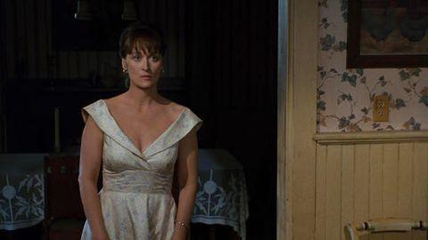 """meryl streep con un vestido escotado en """"los puentes de madison"""""""