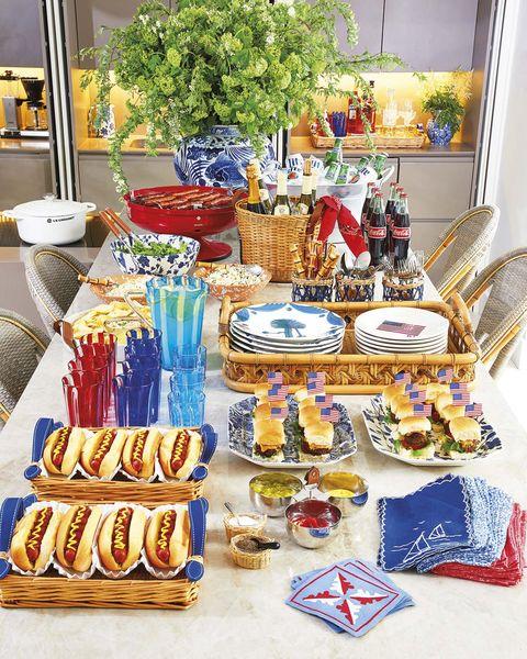 fiesta en casa mesa bufé
