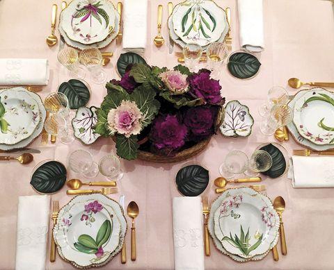 mesa vestida de gala
