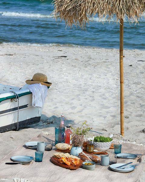 picnic en la playa menaje