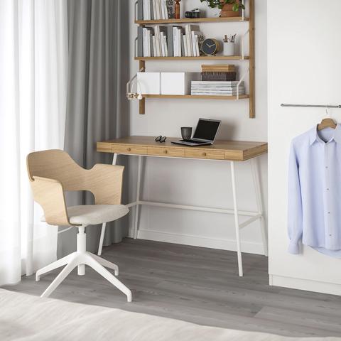 Mesa de escritorio de bambúLILLÅSEN